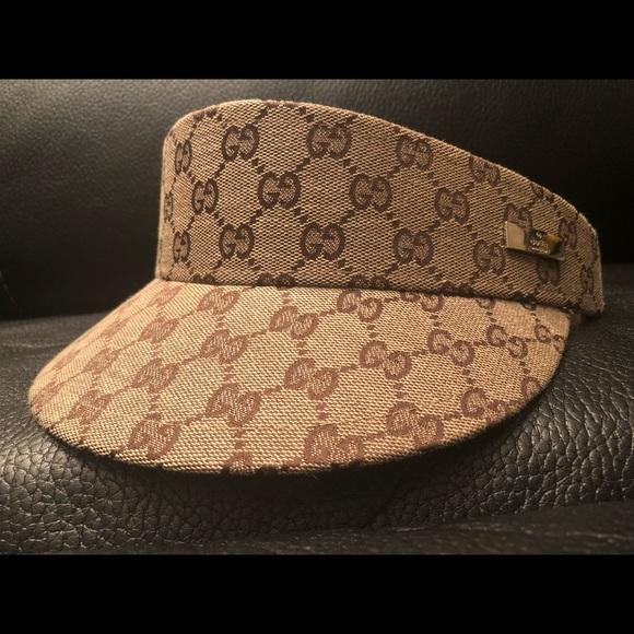 e7120f16006 Gucci Other - Unisex Gucci monogram visor hat